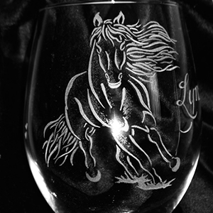 Horse Engraved Wine Glass