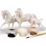 Breyer Mini Painting Kit Horse Family_2