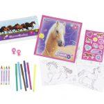 Breyer Horse Crazy Activity Kit